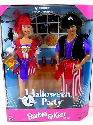 Barbie Ken Halloween (**NIB BARBIE DOLL 1998 HALLOWEEN PARTY GIFT SET 19874 BARBIE &)