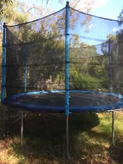 Trampoline 12 foot Excellent Condition- From Toys R Us