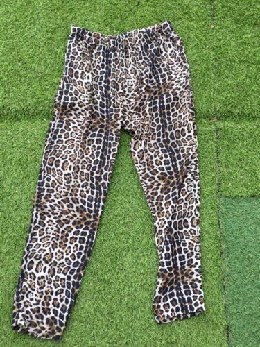 Tres beau pantalon fluide panthere sandro t 2