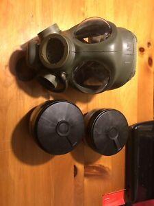 Brand New Military Grade Gas Mask