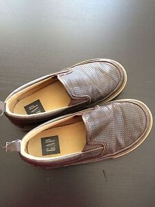 Boys size 13 brown shoes