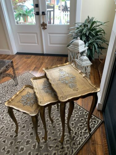 VINTAGE ITALIAN GOLD FLORENTINE NESTING TABLES 3