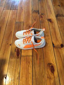 Puma Golf Shoes - Junior Size 4 - As New