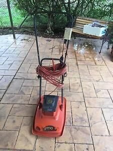 Lawn mowers Regents Park Auburn Area Preview
