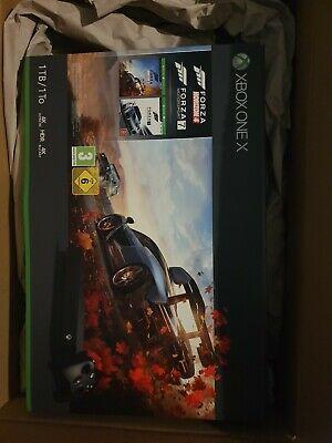 Microsoft Xbox One X 1TB Forza Horizon 4 Spielkonsole Bundle - Schwarz