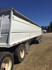 Cancade graintrailer