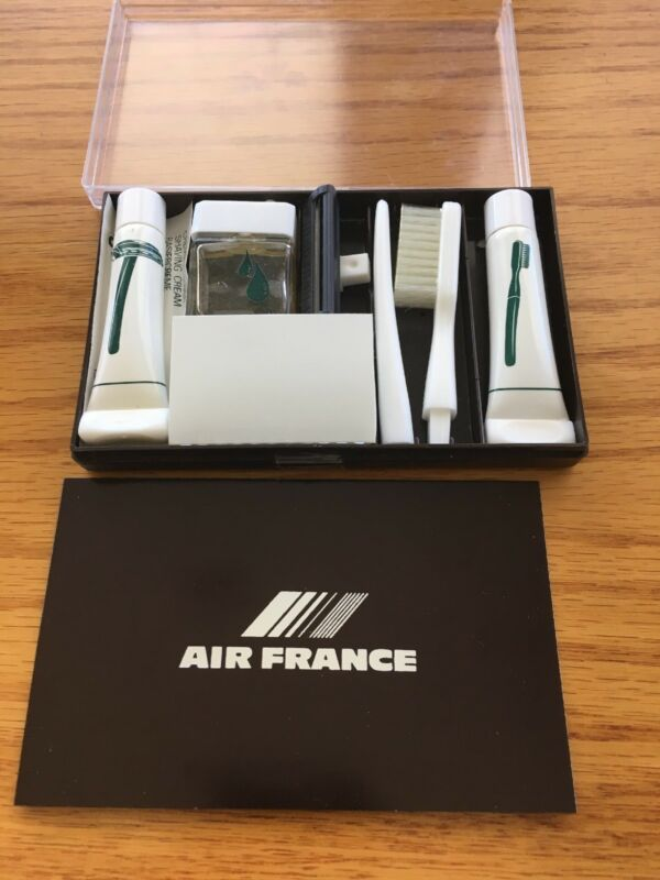 Air France - Mini Jet Set Travelling Kit Includes Toothbrush, After Shave, Etc