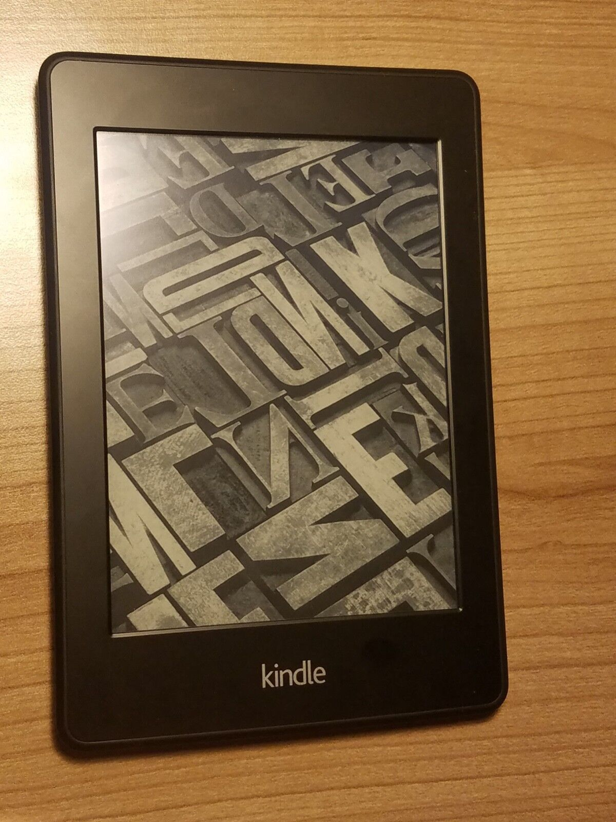 Amazon Kindle Paperwhite (6th Generation) 2GB, Wi-Fi, 6in - Black
