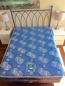 DOUBLE BED SET HEADBOARD FRAME INCL!