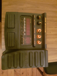 Zoom BFX-708 Multi Effects Bass Pedal