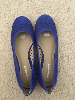 Blue leather flats, size 41