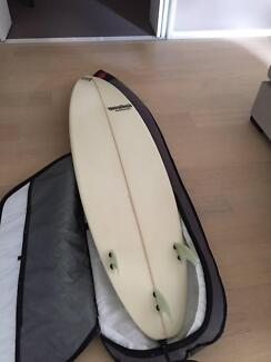 Mendes Surboard 6'10 BARELY USED PLUS FREE BOARD BAG