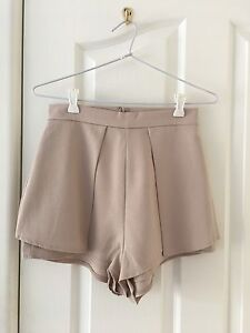 Beige Shorts Woolooware Sutherland Area Preview