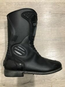 Motorcycle waterproof boots