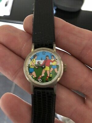 Vintage Rare Retro Kids Wind Up Football Watch