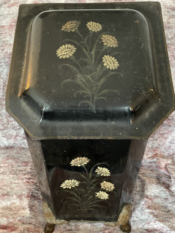 ANTIQUE HOD/ COAL SCUTTLE Flowers PAINTED WITH INSERT
