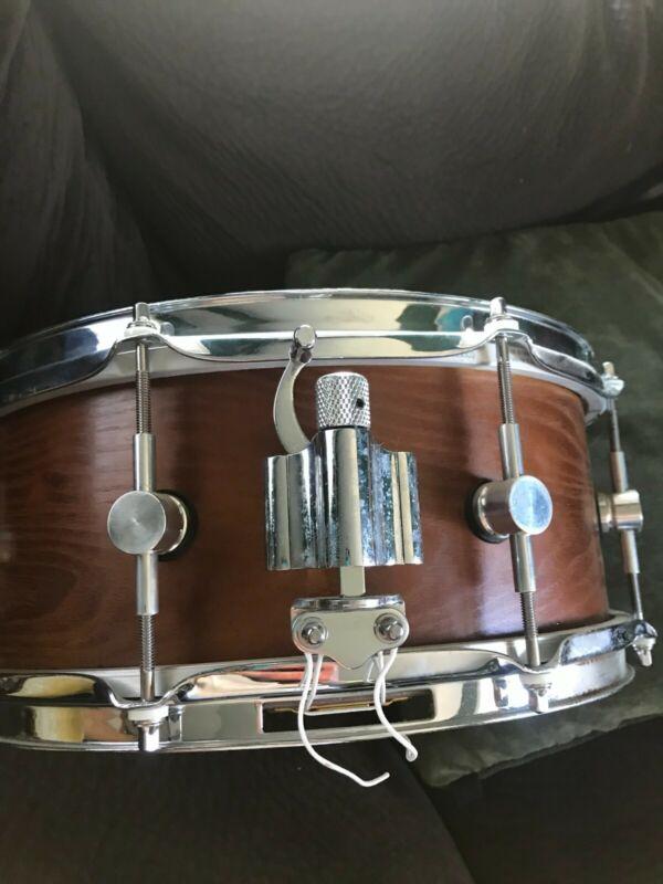 Custom Alaskan birch snare drum Beautiful craftsmanship Excellent condition 13x5