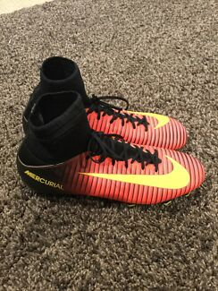 nike mercurial soccer boots red and gold nike basketball shoes