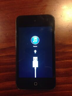 Used 8gb IPod Touch 4th Generation Hoppers Crossing Wyndham Area Preview