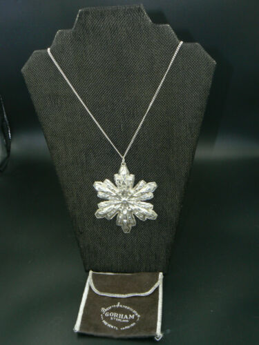 """1974 Gorham Sterling Christmas Snowflake Ornament on Stainless 24"""" Chain Pouch"""