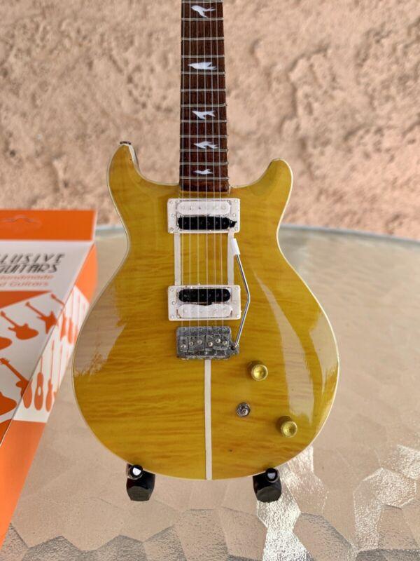 Carlos Santana - Exclusive Mini Guitars / 1:4 Scale