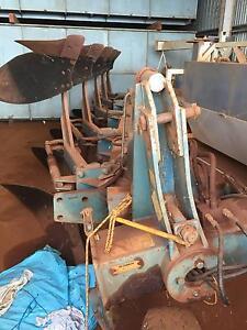 Overum 5 Furrow Stump Jump Reversible Plough Tolga Tablelands Preview