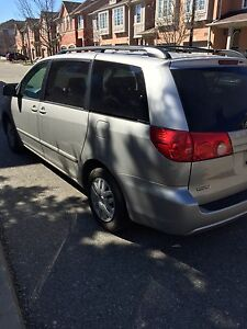 2007 Toyota Sienna LE - Low Miles- Certified