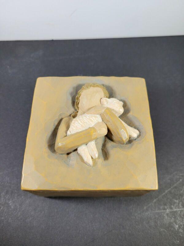 Willow Tree By Sandra Lordi  #26614 Peace On Earth Keepsake Box - 2004 - No Box