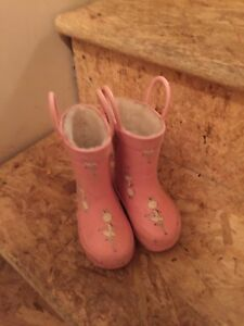 Baby boots size 4