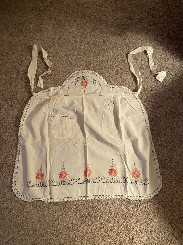 Vintage Embroidered Flower Cotton Blend  Half Hostess Apron 1 Pocket Off White