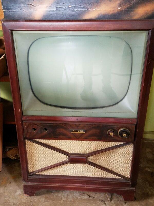 Vintage black and white tv