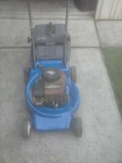 Victa V40 4 Stroke lawn Mower Manual