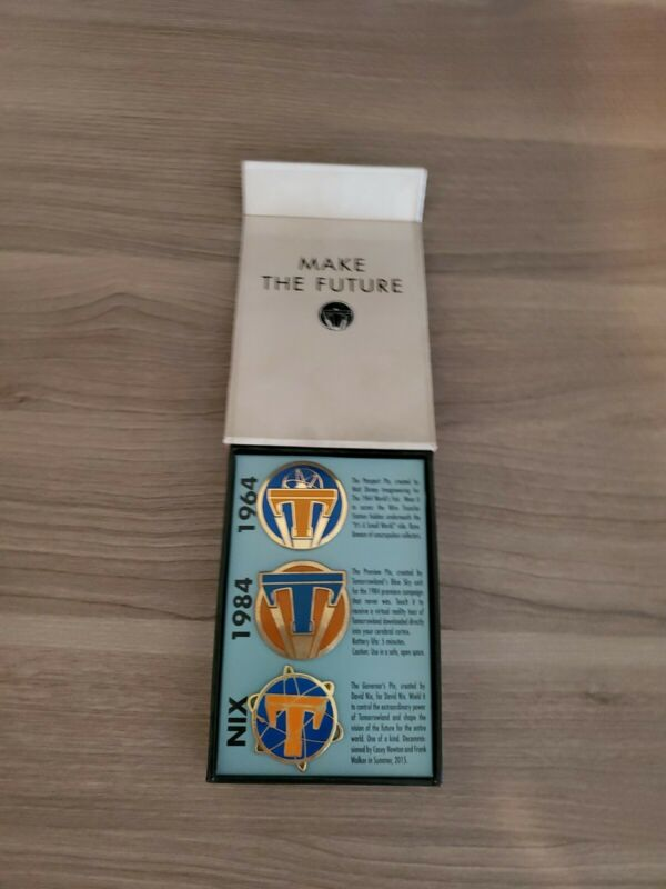 Tomorrowland Disney 3 pin set, limited edition of 200, never used.