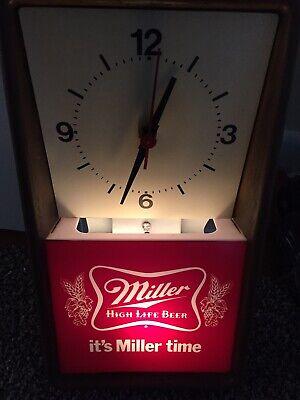 Vintage 1980 it's Miller time beer clock lighted sign High life