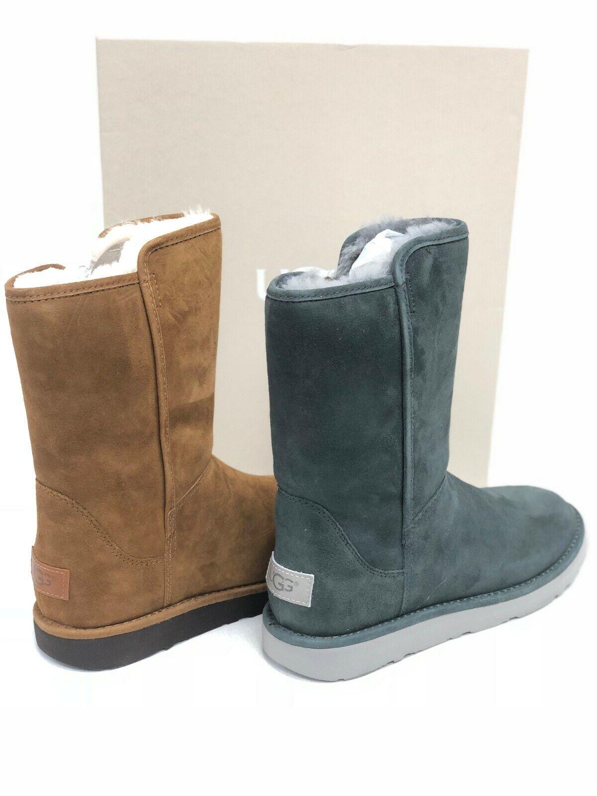 Women's Shoes UGG Abree Short II Zip