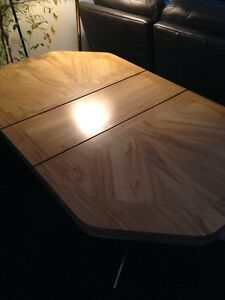 Moving : table