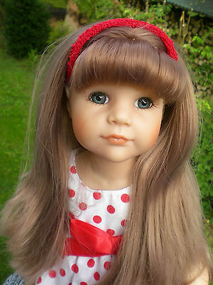 Götz Puppe 50 cm Hannah + viel Puppenkleidung Outfits Stehpuppe rot Gotz Doll