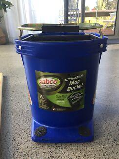 Bunnings Sabco mop bucket