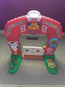 Fisher Price Laugh & Learn Farm