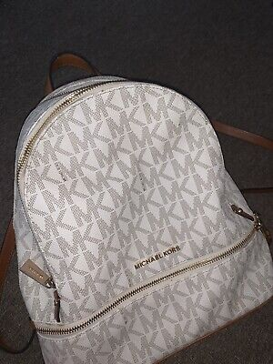 """Michael Kors medium """"Rhea"""" backpack in Vanilla AUTHENTIC, ONLY USED 3X, RRP £285"""