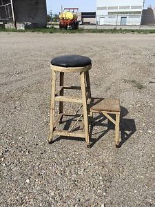 STOOL WITH STEP UP - ANTIQUE