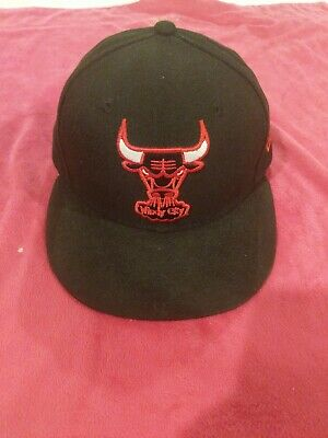 NEW ERA 59FIFTY FITTED NBA CHICAGO BULLS Windy City Black/Red-White (Red Stitch)