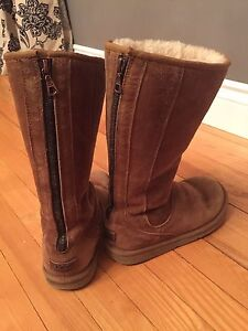 Authentic Uggs -- size 7 (EU 38)