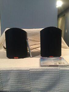 Book shelf speakers