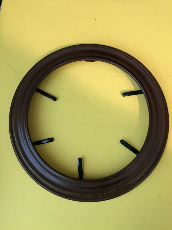 "Van Hygan & Smythe Wooden Collector Plate Display Frame for 8- 8.5"" Plate Walnut"