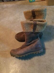 Timberland women's winter boots sz 10