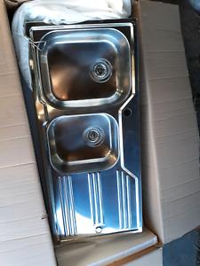 Oliver Kitchen Sink - Brand New!!!