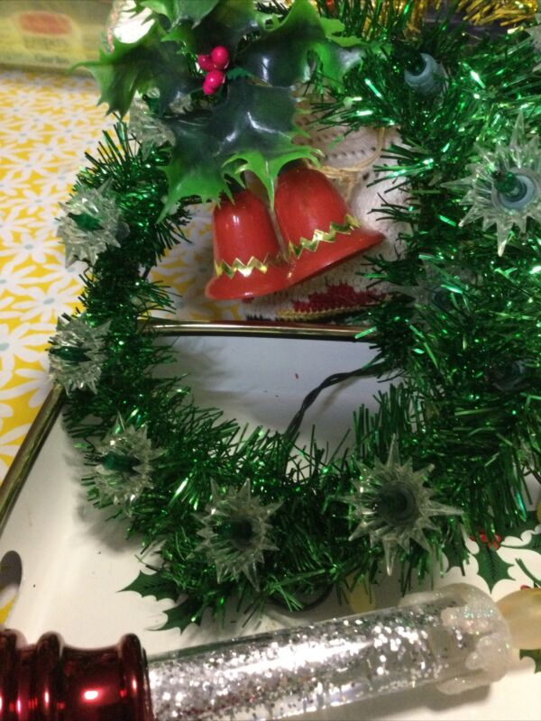 Vintage Christmas Lighted Tree Star Wreaths & Battery Plastic Candles