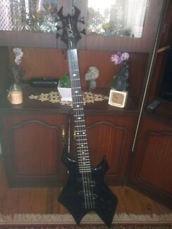 WARLOCK Bass guitar Elermore Vale Newcastle Area Preview