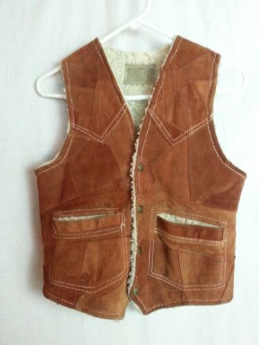 VTG 70s Child Boy Girl Suede Patch Leather Rust Brown Faux Fur Snaps Hippy 34